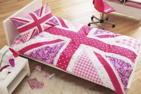 Pink patchwork Union Jack duvet