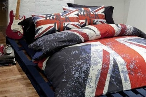 Teenage bedding set with Union Jack design