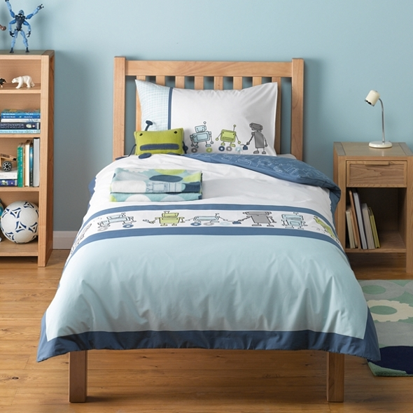 Robot themed bedding and accessories