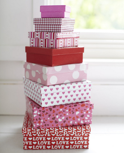 Pink and red nesting storage boxes with love and love hearts design