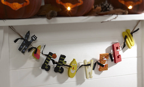 original_wooden_halloween_garland