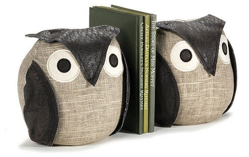 Cute wise owl bookends