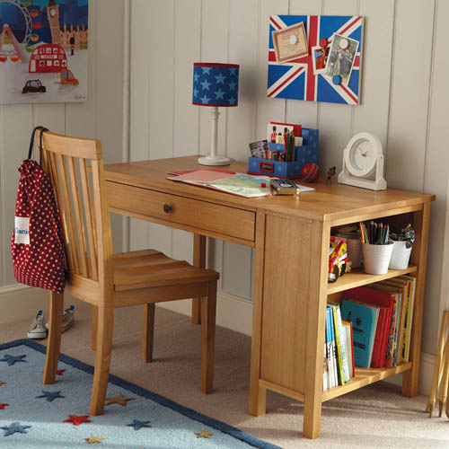 Children's desk made from solid oak wood
