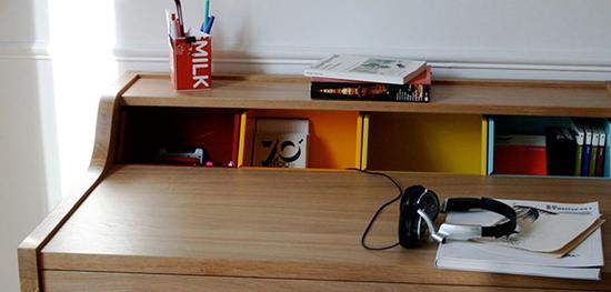 The Hansen Family Remix Desk